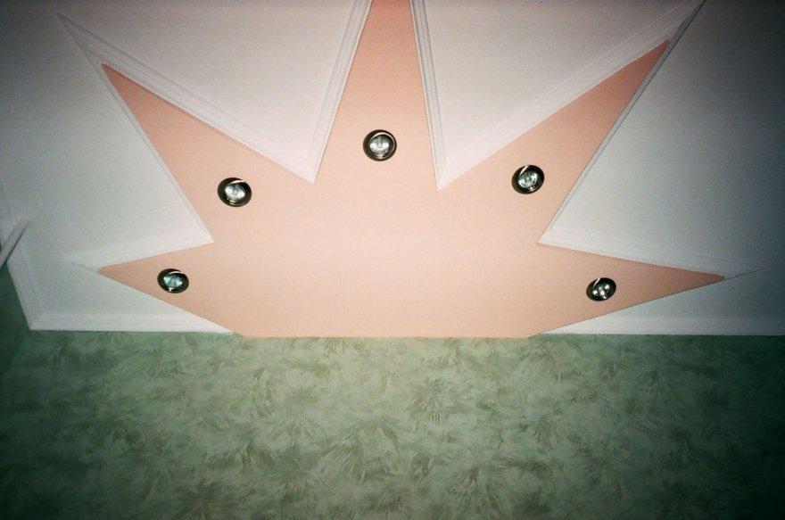 Звезды на потолке своими руками